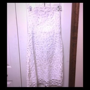 Lilly Pulitzer SZ Large white lacy dress strapless